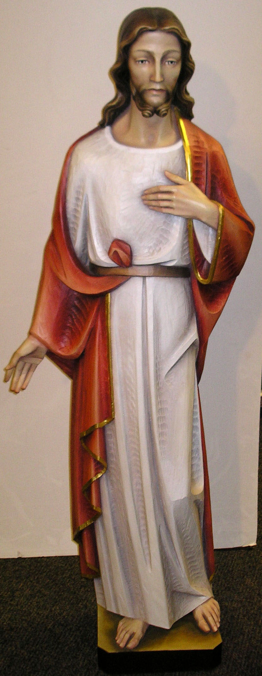 5%27 Sacred Heart Statue Traditional Colors Cast In Fiberglass